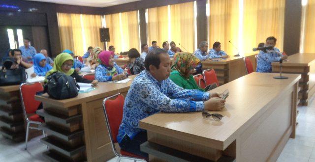 Dekan FAPERTA UNTAD Instruksikan Kesiapan Dosen, dan Pegawai Menghadapi Perkuliahan Semester Genap TA 2016/2017