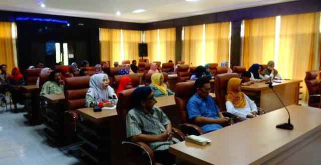 Rapat Evaluasi Pegawai dan Tenaga Kontrak FAPERTA UNTAD 2017