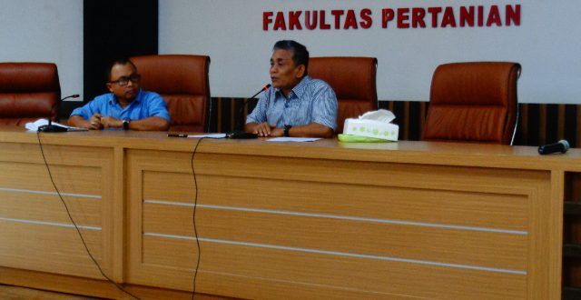 Dekan Fakultas Pertanian Mengadakan Rapat Pengembangan Kurikulum