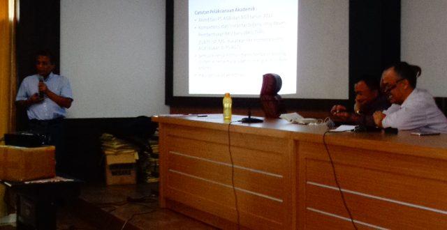 FAPERTA UNTAD Menggelar Rapat Evaluasi Akademik TA Genap 2016/2017 dan Rencana Akademik TA Ganjil 2017/2018